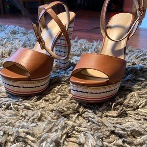 Windsor textured heels